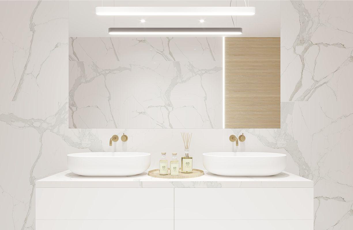 łazienka w kobiecym apartamencie, łazienka w białym marmurze